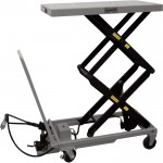 Roughneck Air/Hydraulic Lift Table Cart — 770-Lb. Capacity