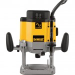 DEWALT Heavy-Duty EVS Plunge Router — 3 HP, Model# DW625